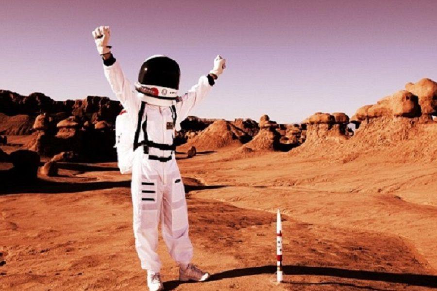 man on planet mars - photo #14