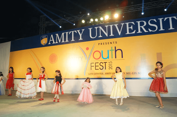 Amity School of Fashion Technology designing courses