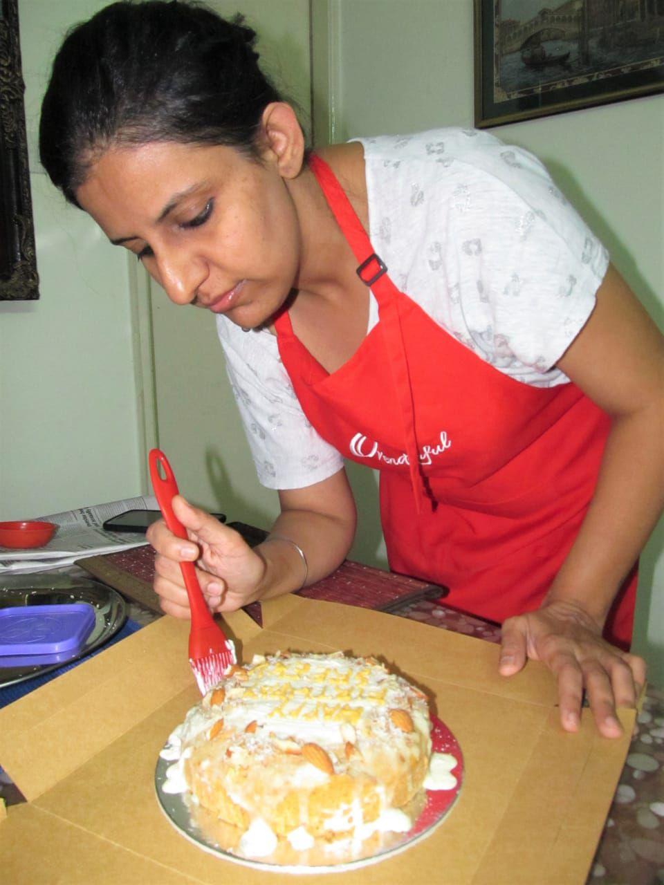 Simran Lays Icing on her Cake