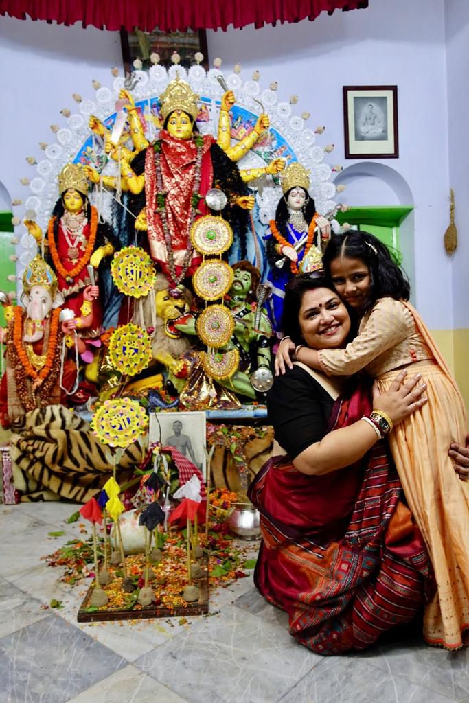 rwituja with her daughter at durga puja