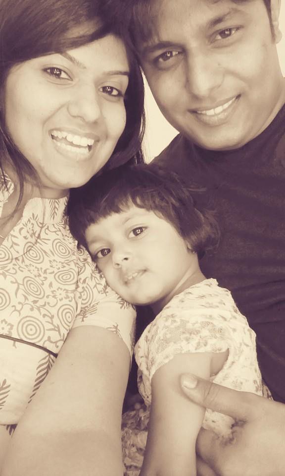 priyanka with husband and daughter
