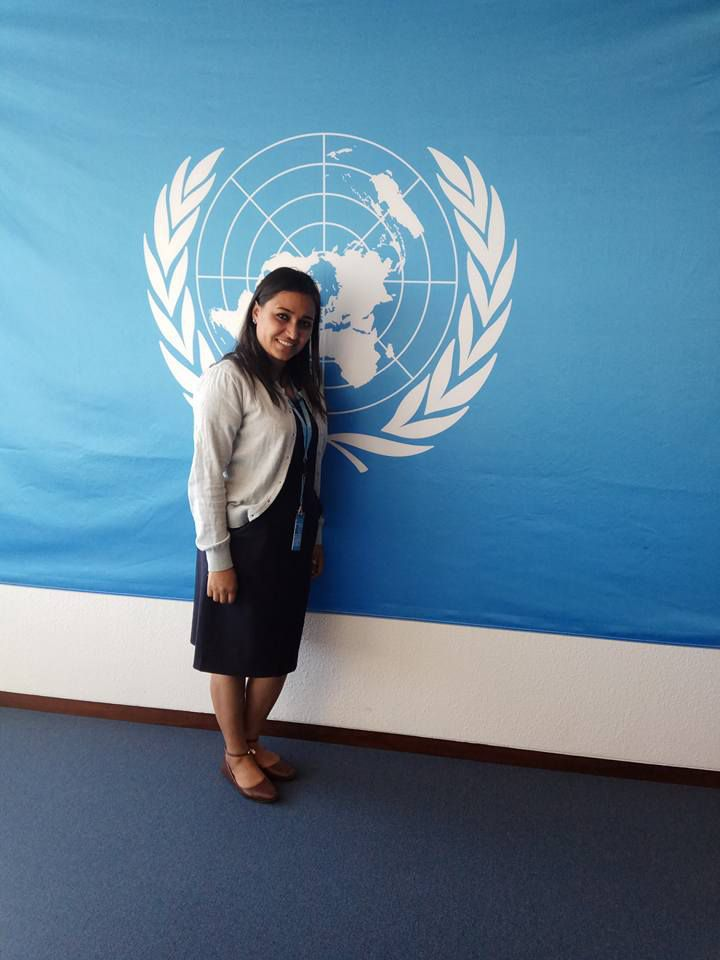 un volunteer for deaf