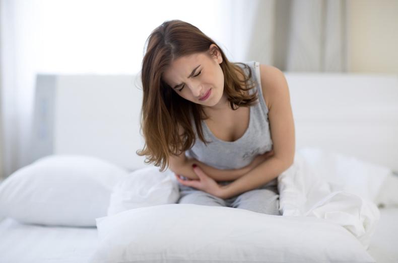 Lower right abdomen pain female